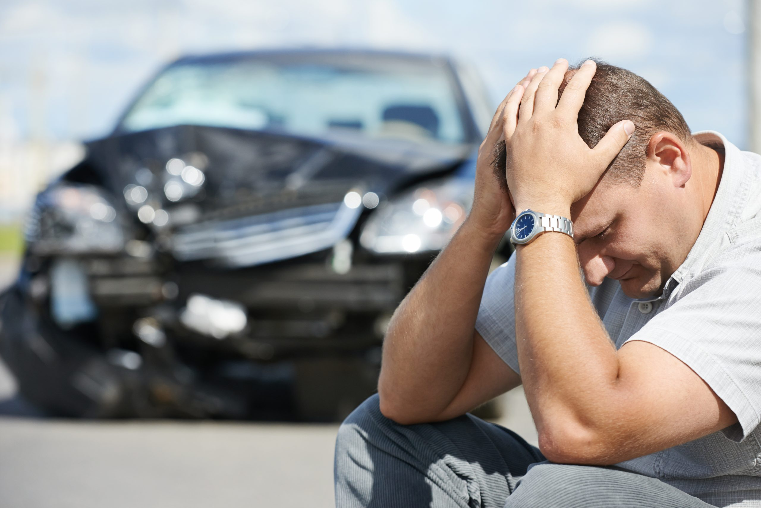 Injured by a Distracted Driver? When to Seek A Personal Injury Attorney